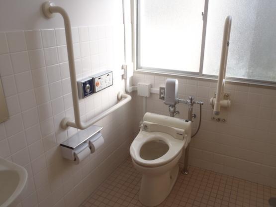 下関南総合支援学校トイレ改修設備工事